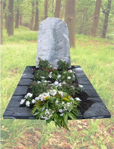 R16 – Ruwe grafsteen met flagstones