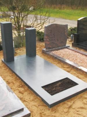 Glazen grafsteen met graniet