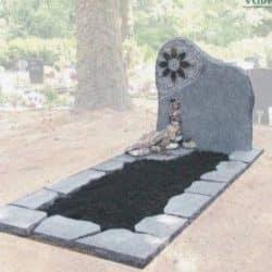 Eigen ontwerp natuurlijke grafsteen